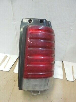 91-93 Dodge Caravan OEM RH Passenger Tail Light 4399724 G1042 ()