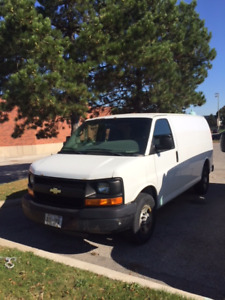 SELLING 2008 CHEVY EXPRESS CARGO VAN