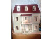 Beautiful Dolls House & Furniture