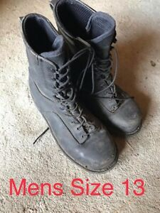 Mens size 13 black high quality leather safety boots