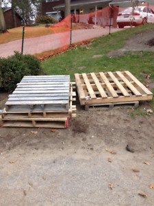 Wood Pallets from Building Materials