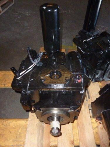 BRAND NEW Eaton Hydraulic Pump model 5423-792 CCW Rotation