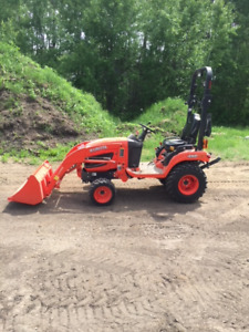 Kubota BX2670 25.5hp Utility Tractor with Accessories