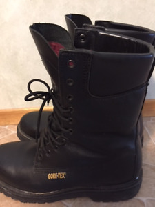 Genuine Mens Matterhorn leather boots for sale
