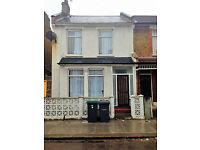 4 Bedroom Immaculate House / Tottenham / N17 / North London / NO AGENTS / DSS WITH GUARANTOR ONLY