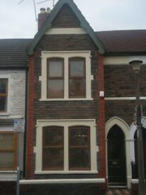 Large 2 Bedroom House in Roath, Cardiff with garden