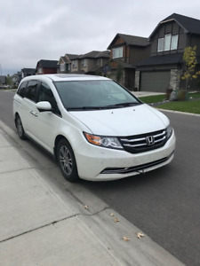 2014 Honda Odyssey EX-L w/Navi | Highway Kms