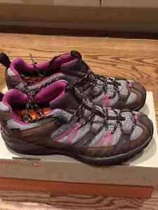 Merrell hiking shoes London Ontario image 1