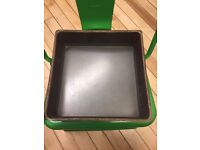 Square Cake Tin with Loose Bottom (Quantity 3)