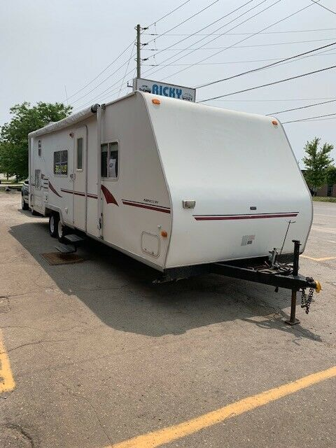 2001 SURVEYOR 29 FT FLEETWOOD TERRY LIGHT WEIGHT TRAILER $6400