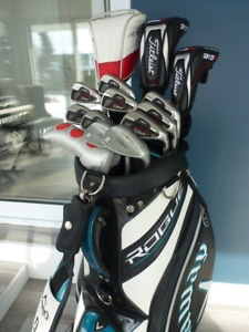 Super ensemble golf Titleist AP1 712 ET 913, Taylormade R15