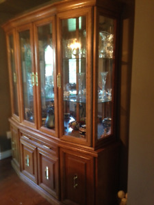 Dining Table, 2 arm chairs, 4 side chairs and  and Hutch