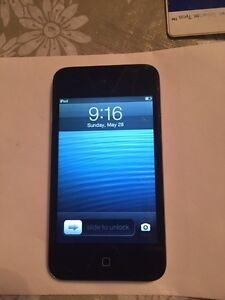 Ipod Touch 4th Gen 32GB + charger in great condition - $95