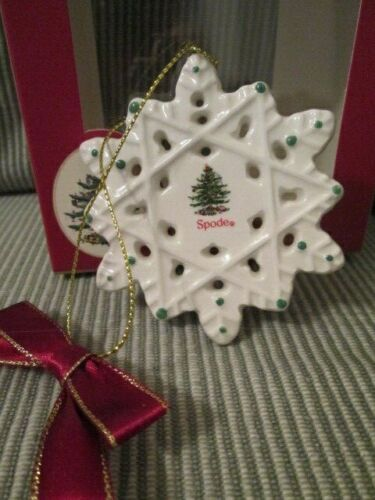 Spode from Christmas Tree Collection Porcelain SNOWFLAKE Christmas Ornament NIB