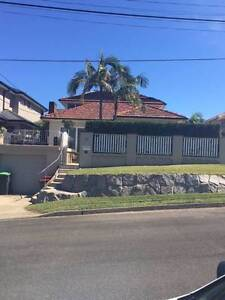5 BED FAMILY HOME SUNSHINE ST MANLY VALE Manly Vale Manly Area Preview