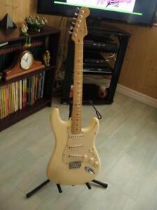2004 Fender Stratocaster hardtail
