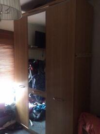 LARGE 3 DOOR BEDROOM WARDROBE (MIRRORED) (LIGHT WOOD) ...BARGAIN.....BE QUICK