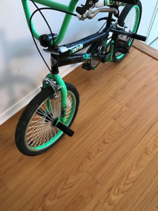 BMX Bike Almost Brand New $125