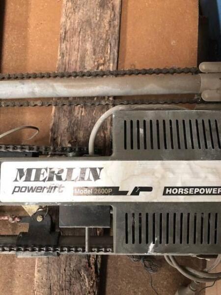 Merlin Powerlift 2600p Overhead Remote Control Garage Door Opener