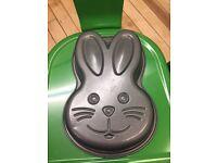 Bunny Face Cake Tin (Non-Stick)