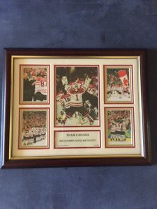 2010 TEAM CANADA OLYMPIC GOLD MEDALIST PLAQUE LIMITED EDITION