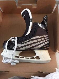 Bauer Hockey Skates 10D **NEW**