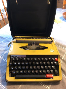 Vintage Brother Activator 850TR Typewriter for sale - with case