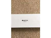 APPLE WATCH SERIES 3 38MM - 4 MONTHS OLD