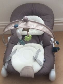 Chicco Hoopla Baby Bouncer/Rocker (Natural) USED ONCE ONLY Mosman Mosman Area Preview