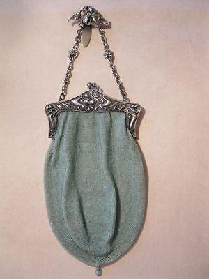 ANTIKE Perltasche Abendtasche mintfarbener Perlbeutel Silberbügel Trachtentasche