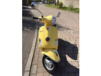 PIAGGIO VESPA 125 LX - VERY LOW MILEAGE - 1 OWNER FROM NEW - SPECIAL ORDER