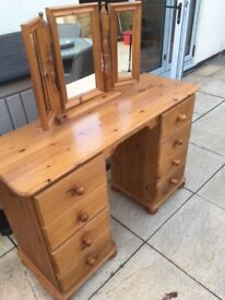 Dressing Table with Mirror - Solid Pine