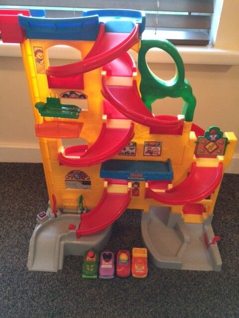Fisher Price Little People stand and play rampway.