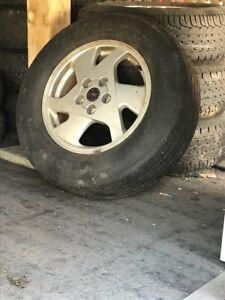 pneus à vendre!! (VENTE RAPIDE)