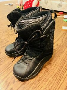 Ltd Men's Snowboarding Boots - Size 9