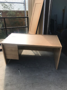 Magnificent Buy Or Sell Desks In Whitehorse Furniture Kijiji Classifieds Interior Design Ideas Lukepblogthenellocom