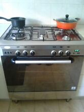 800 mm stainless steel dual burner cooktop and oven Abbotsbury Fairfield Area Preview