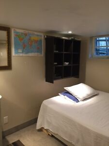Furnished room - Chambre meublée - tout inclus