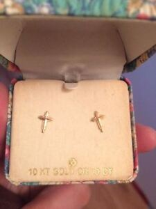 Cross Earrings x 2 SETS, NEW IN BOX, 10K GOLD Gatineau Ottawa / Gatineau Area image 1