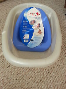 Evenflo Newborn to Toddler bathtub