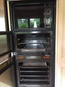 Gaggenau Ovens and Cooktop with Barbeque Grill & Fryer