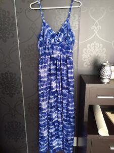 ROBE D'ETE MAXI DRESS GRANDEUR LARGE $25