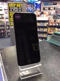 Apple iPhone SE 16GB Space Grey -- Unlocked