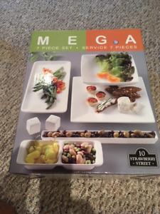 10 Strawberry Street Mega 7-Piece Bowl and Platter Serving Set