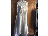 Stunning Alice Temperley Designer Wedding Dress - hugely discounted from retail price