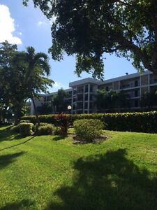 Condo à louer / Condo for rent -- Pompano Beach (Palm Aire) FL