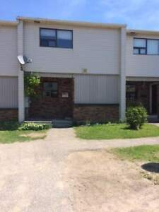 Crystal Heights Townhouses - 3 Bedroom Townhome for Rent
