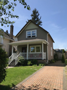 Charming Heritage 3 BR Home in New Westminister