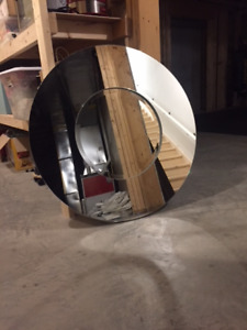 Beautiful Contemporary Round Mirror