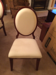 Dining Room Chair (4)